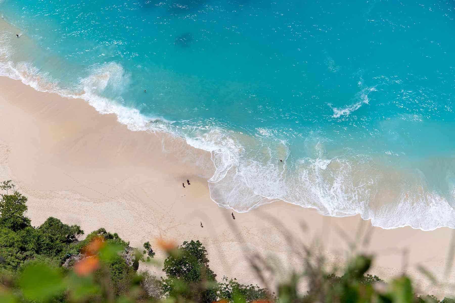 Resor-till-Bali-med-Nygren-&-Lind-Resebyrå---strand