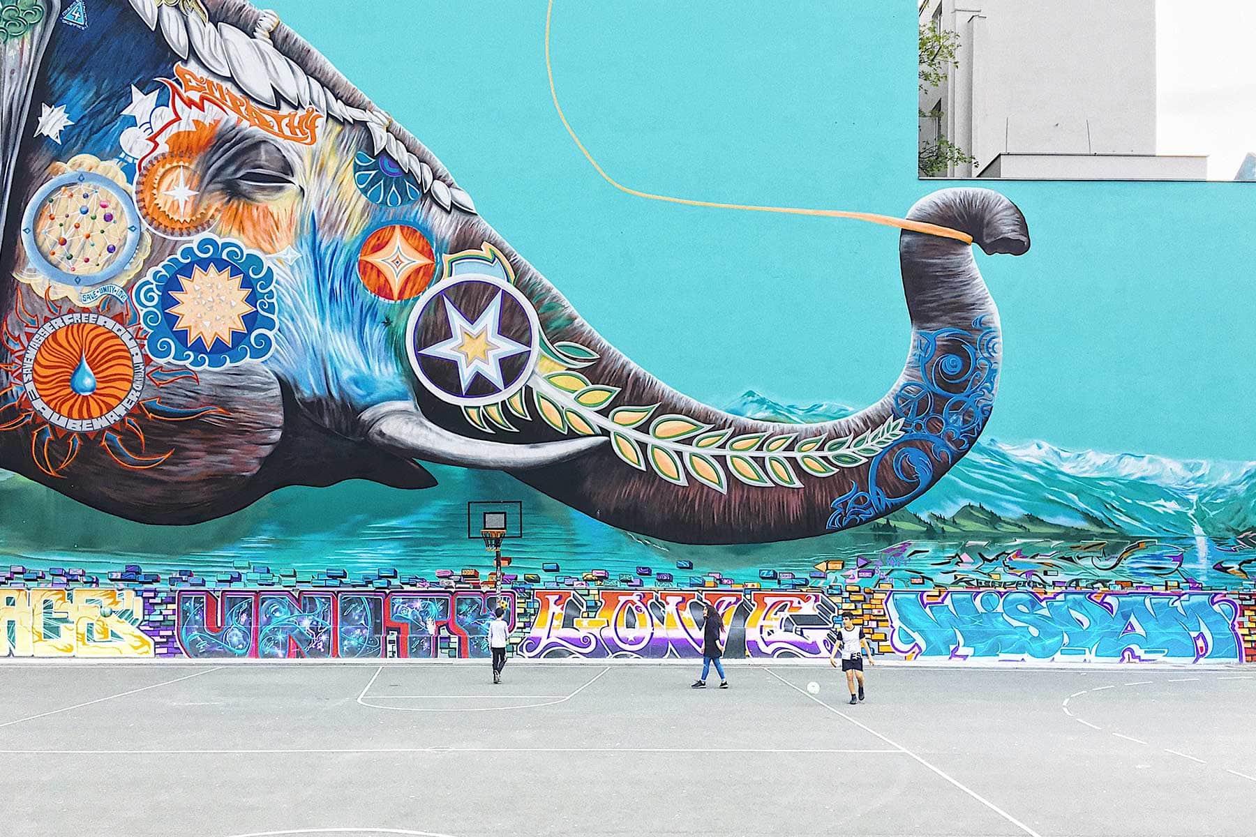 Resor-till-Berlin-med-Nygren-&-Lind-resebyrå-grafitti