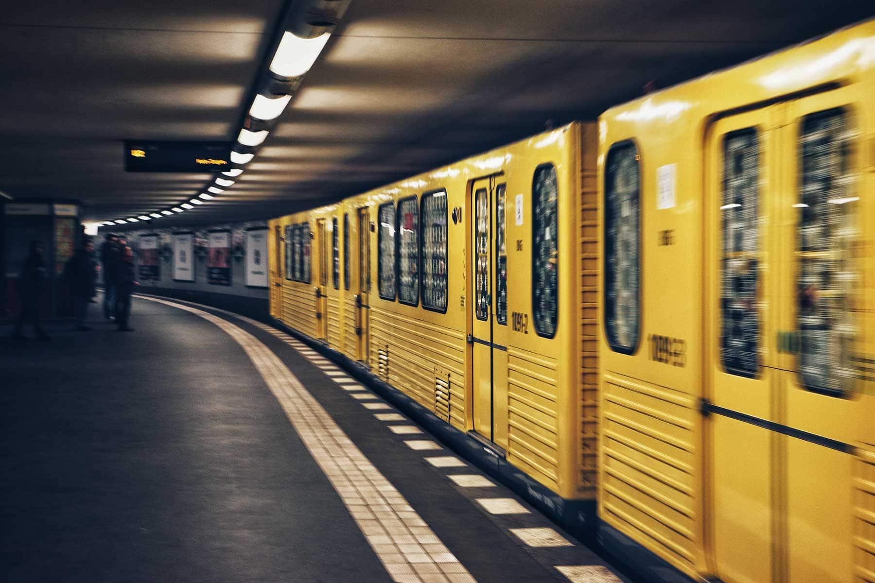 Resor-till-Berlin-med-Nygren-&-Lind-resebyrå-tunnelbana