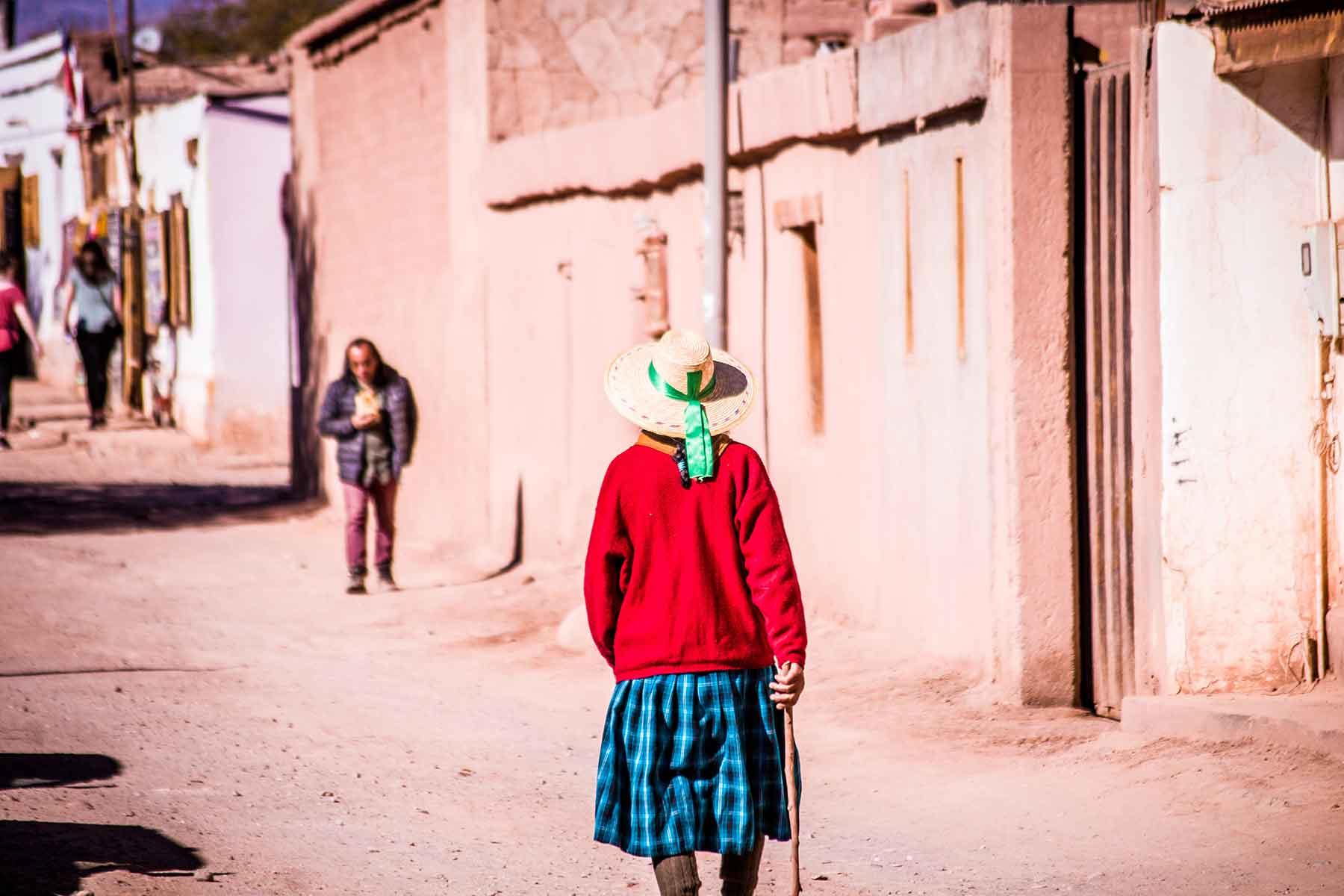 Resor-till-Chile-med-Nygren-&-Lind-resebyrå---chilensk-kvinna