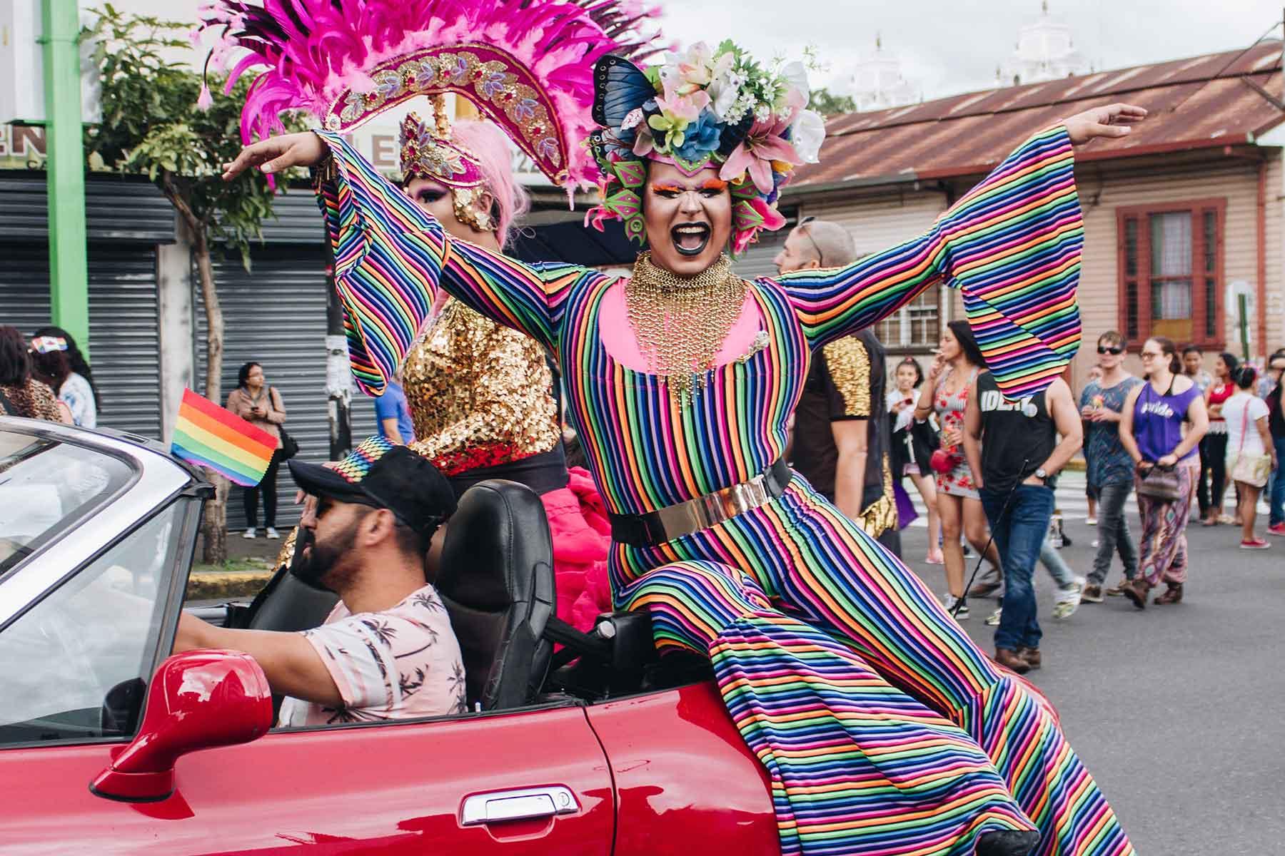 Resor-till-Costa-Rica-med-Nygren-&-Lind-Resebyrå---färglad-costa-rican