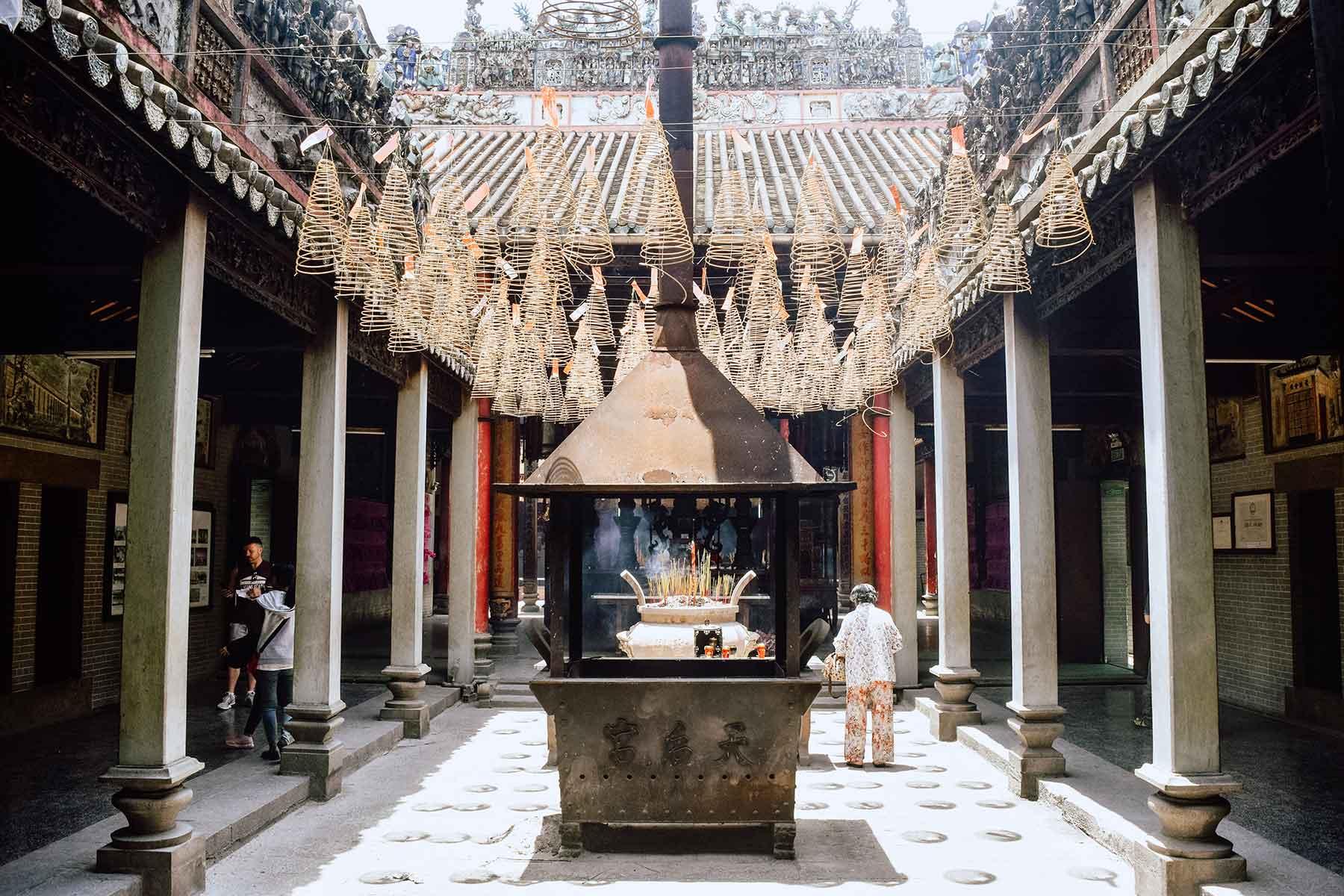 Resor-till-Ho-Chi-Minh-Nygren-Lind-Resebyrå-tempel