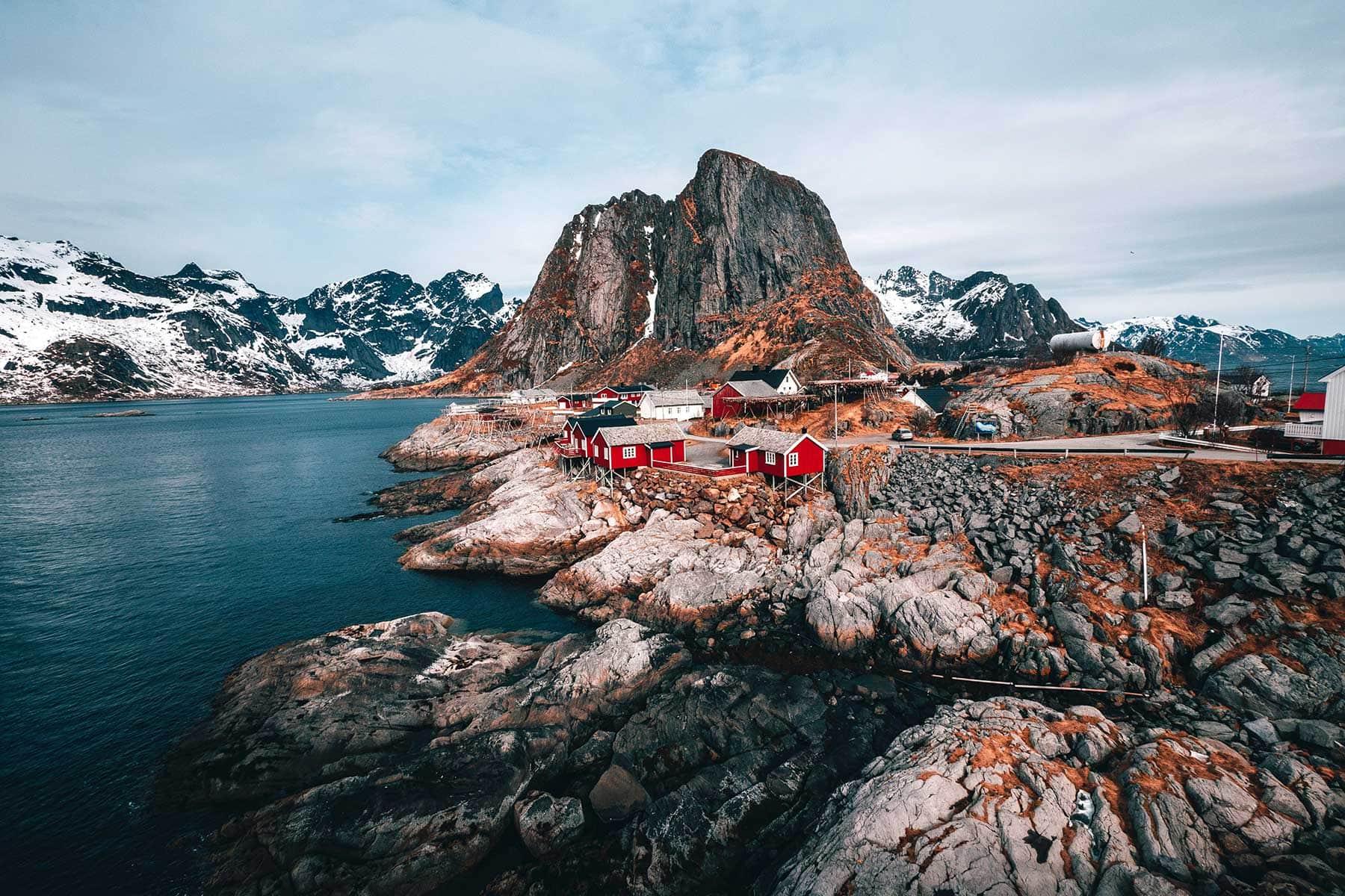 Resor-till-Lofoten-i-Norge---staden-vid-havet-Nygren-Lind-Resebyrå