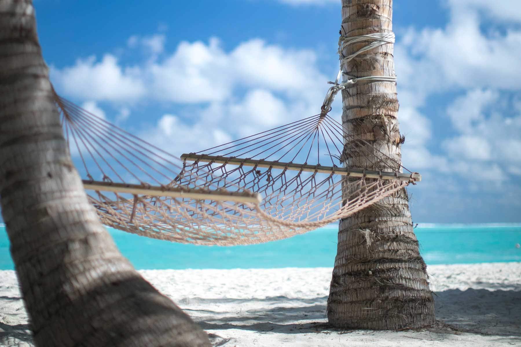 Resor-till-Maldiverna-med-Nygren-&-Lind-resebyrå--hängmatta