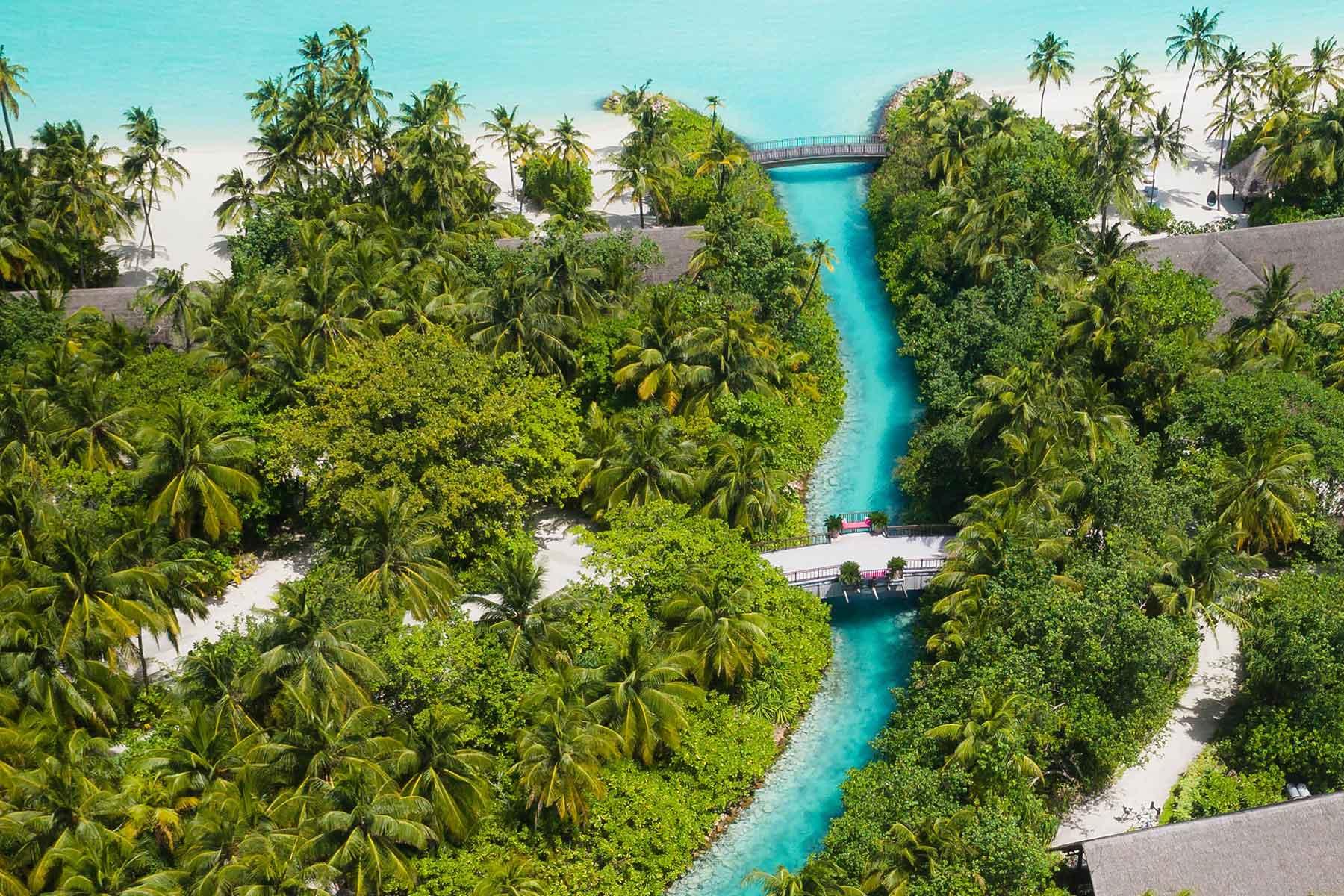 Resor-till-Maldiverna-med-Nygren-&-Lind-resebyrå--resort-med-kanal
