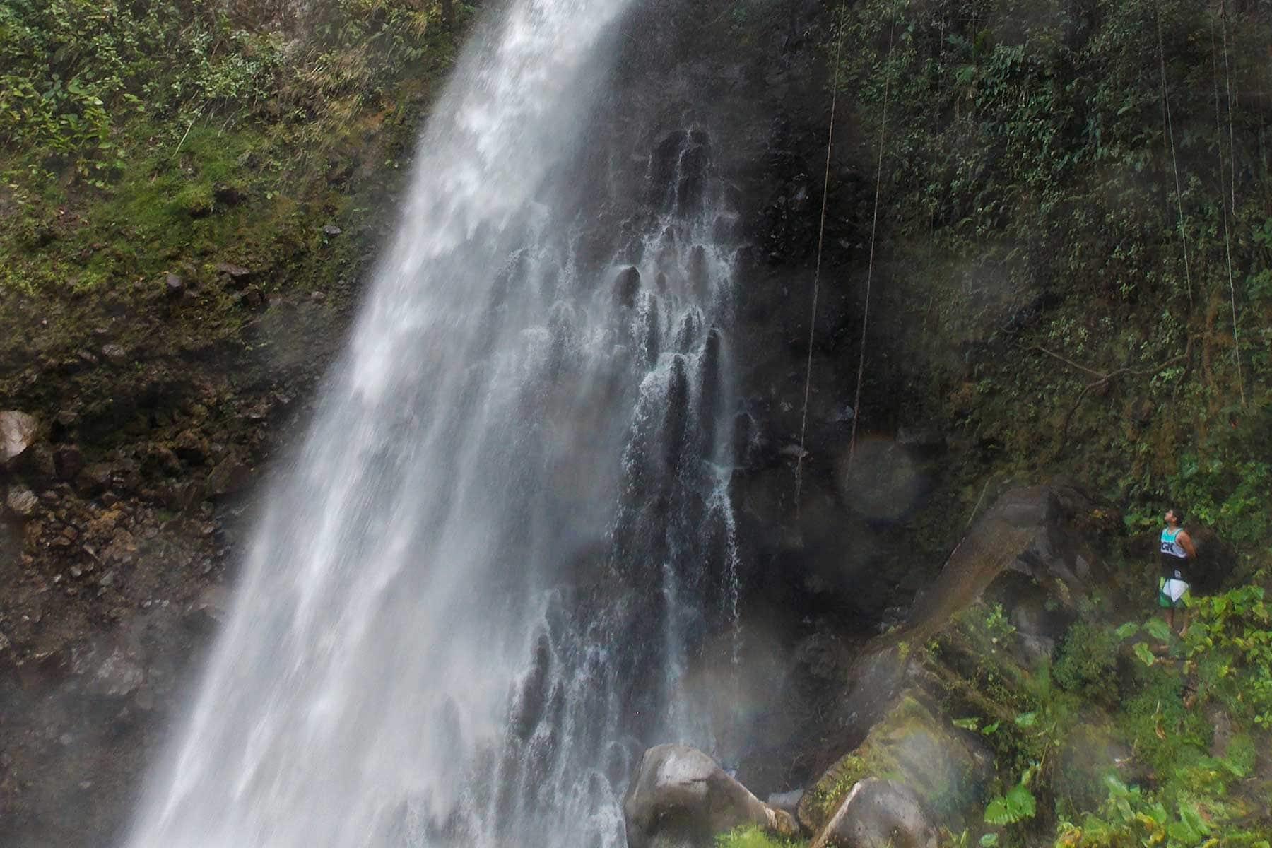 Resor-till-Panama-med-Nygren-&-LInd-Resebyrå---vattenfall - kopia