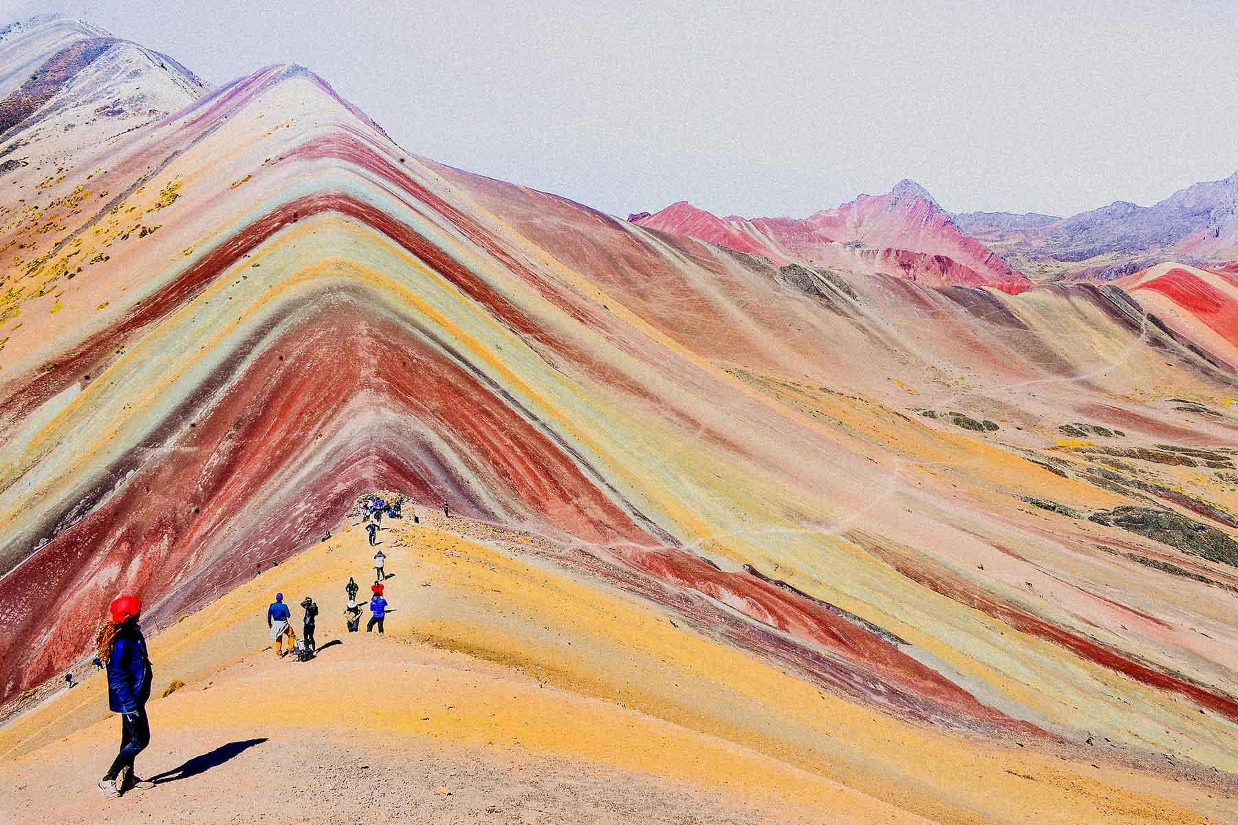 Resor-till-Peru-med-Nygren-&-Lind-Resebyrå---färgrika-berg