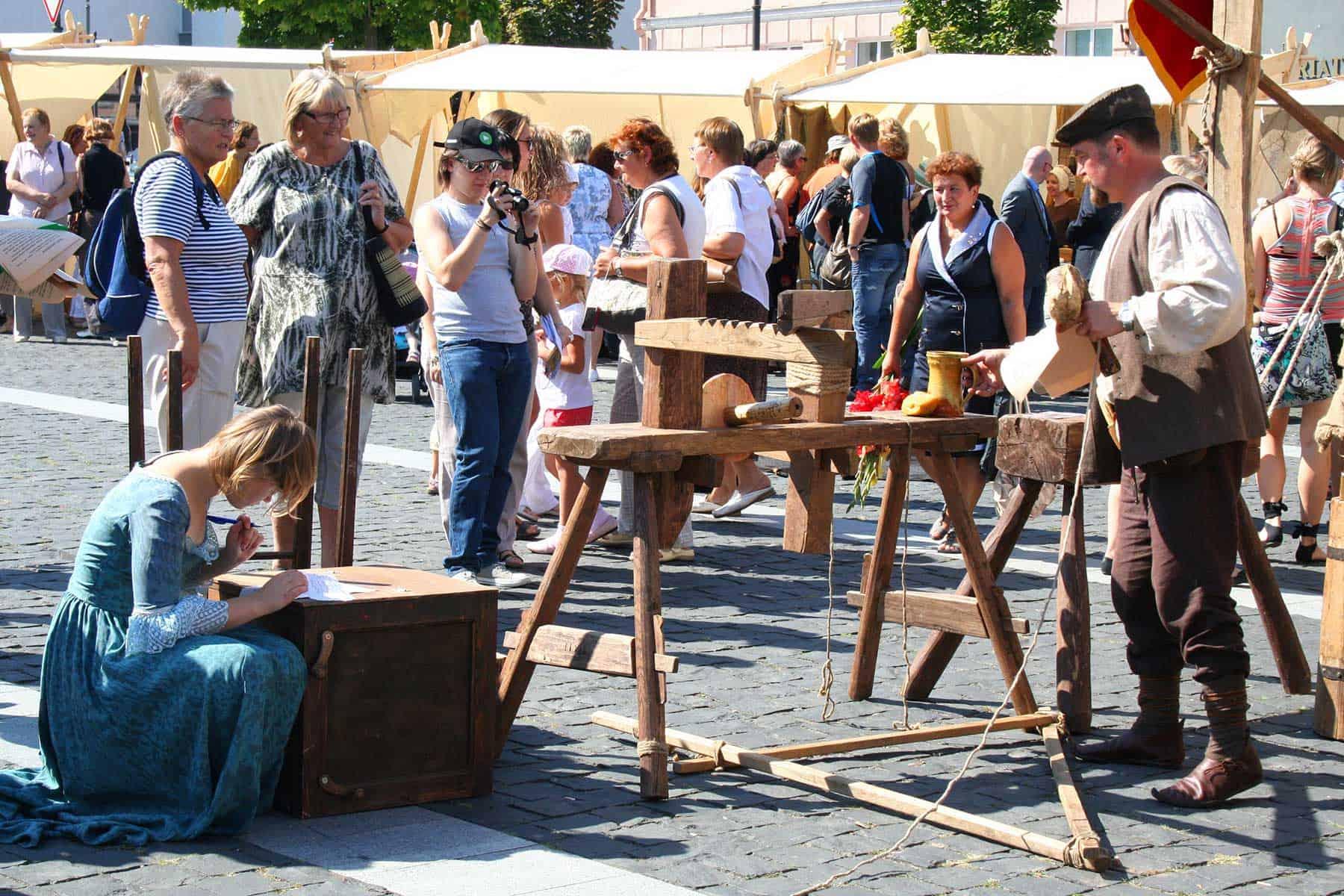 Resor_Litauen_St-Bartholomew-Fair-Vilnius-Nygren_lind