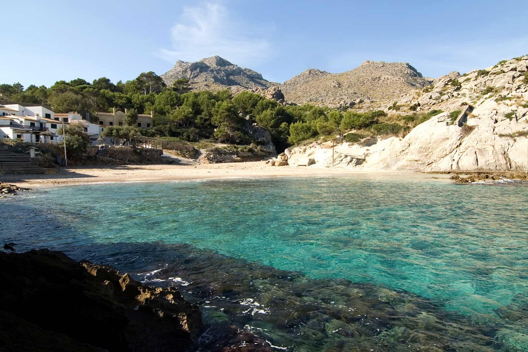 Resor_Mallorca_hus_vid_stranden_Nygren_Lind_Resebyrå
