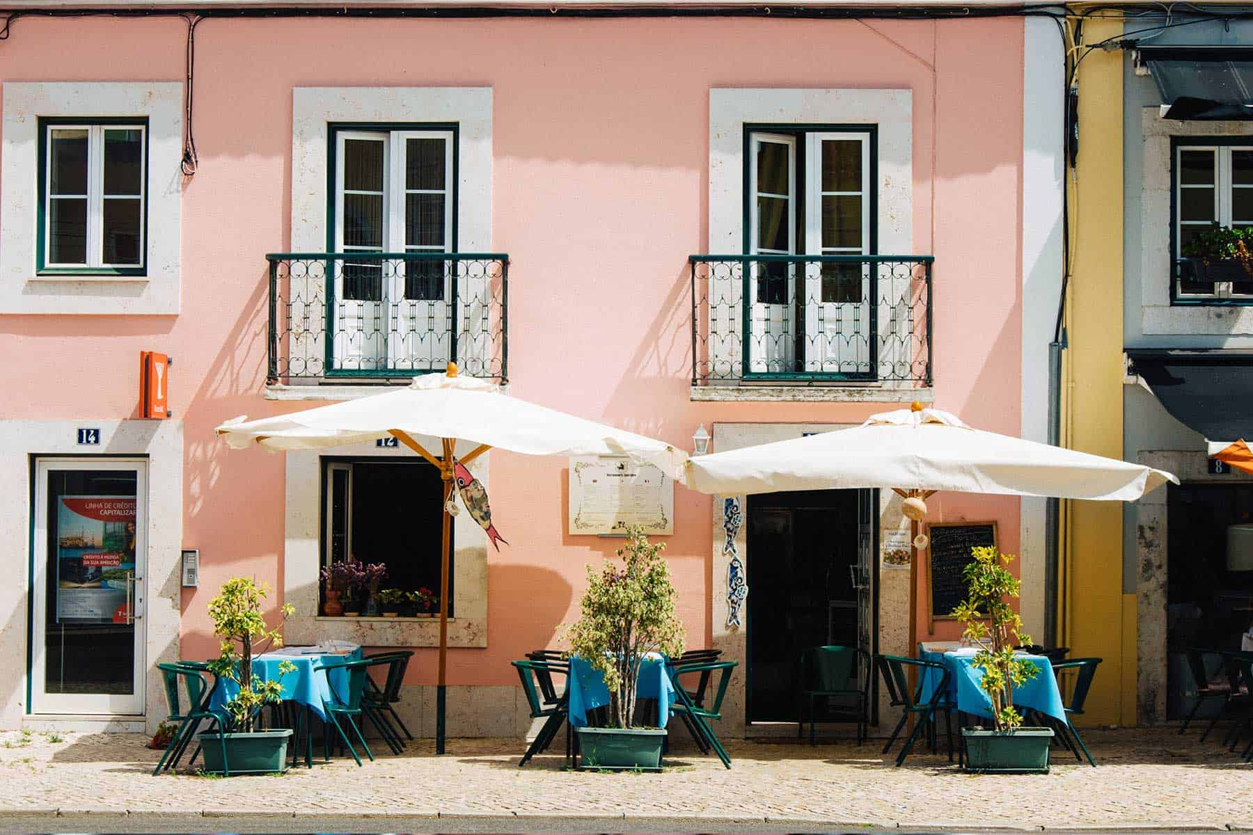 Resor_till_Lissabon_i_Portugal_uteservering_med_Nygren_Lind_Resebyrå