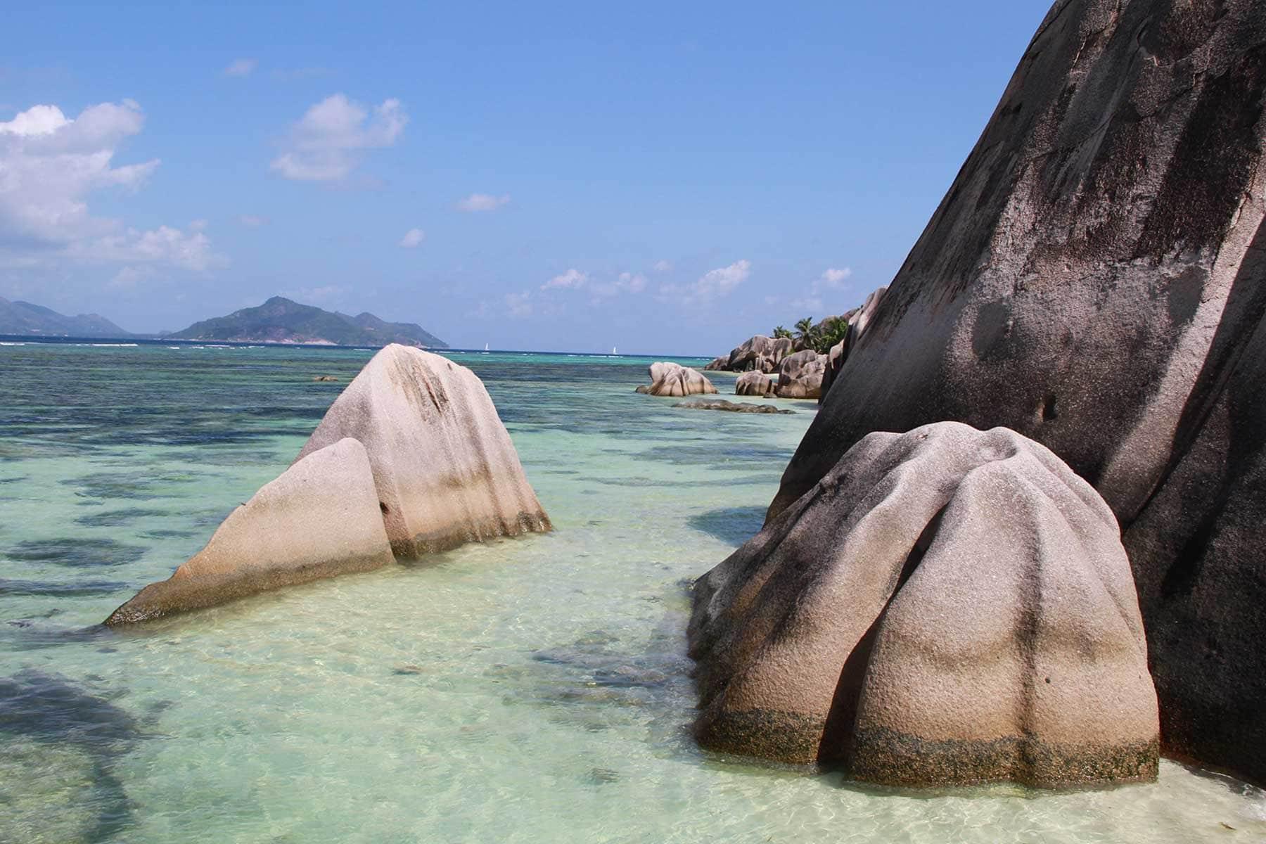 Skräddarsydda-resor-Seychellerna-granit-och-strand-Nygren-Lind-Resebyrå